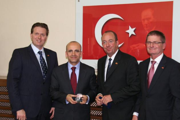 Dr. Jürgen Helmes, Mehmet Şimşek, Peter Esser, Dieter Daminger