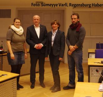 Julia Lang, Joachim Wolbergs, Eva Filipczak, Pedro Rovira Paquay, Integrationsbeirat Stadt Regensburg