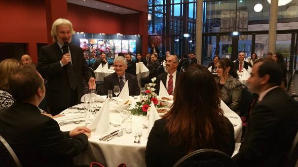 Hüseyin Avni Karslioglu, Berlin Büyükelcisi, Asure Sofrasi, Dervis Haydar Soylu