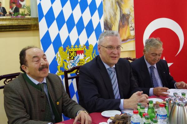 Joachim Herrmann, Orhan Tinengin, Mahir Zeytinoglu